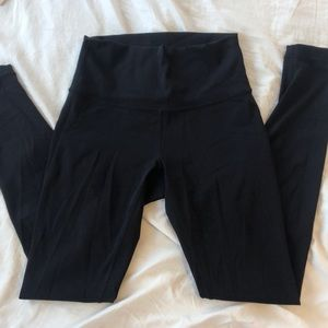 lulu lemon black wunder under leggings size 4
